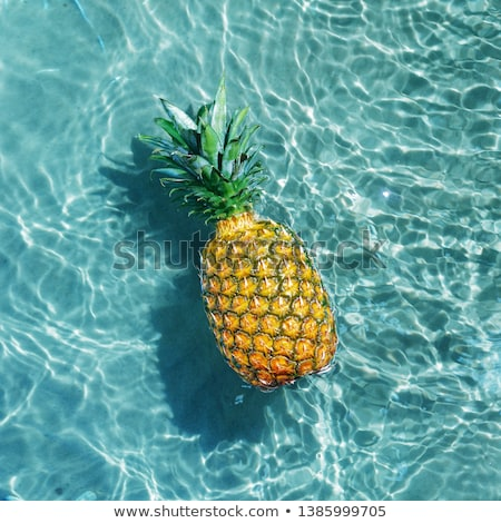 Ananas su gıda eğlence dalga yüzme Stok fotoğraf © yakovlev