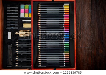 Profesyonel sanatçı ressam ayarlamak ahşap Stok fotoğraf © dash