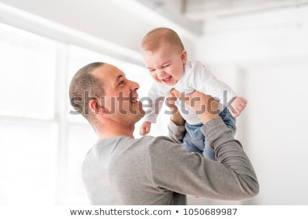 Foto stock: Padre · bebé · hermosa · habitación · blanco · Windows