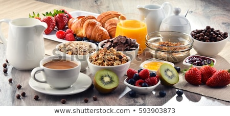 kahvaltı · çilek · cam · yemek · çanak · beyaz - stok fotoğraf © backyardproductions