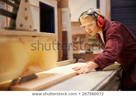 Női gyakornok fa nő munka ipari Stock fotó © photography33