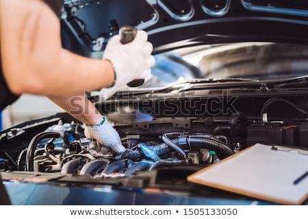 チェック · 車 · チェックリスト · エンジン · コンパートメント - ストックフォト © runzelkorn