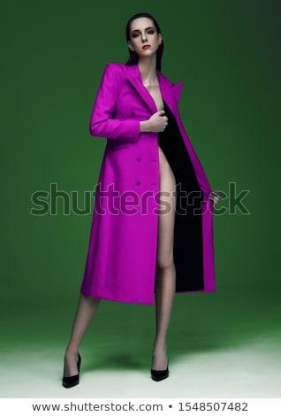 Moda modelo mojado pelo verde Foto stock © DenisMArt
