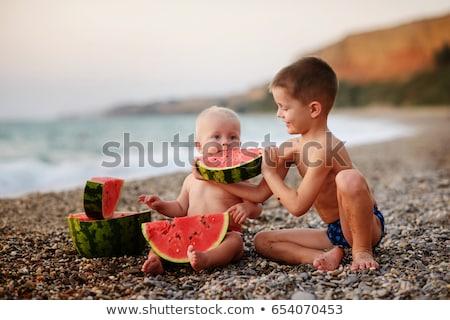 gyermek · görögdinnye · boldog · nagy · piros · szelet - stock fotó © galitskaya