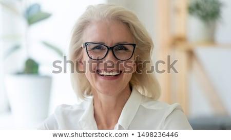Volwassen analist toevallig senior kantoormedewerker online Stockfoto © pressmaster
