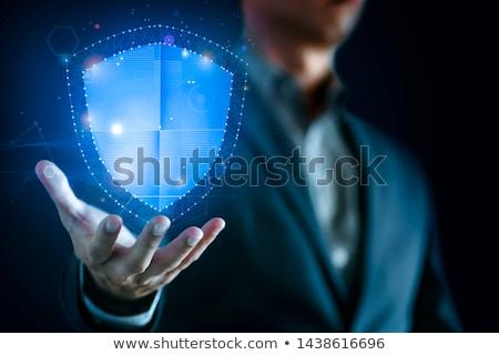 Schonere sleutel hand Geel Stockfoto © AndreyPopov