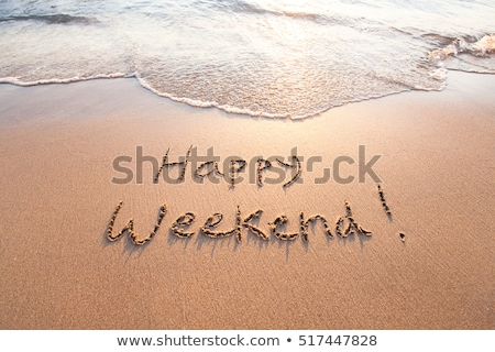 Feliz fim de semana texto areia praia idílico Foto stock © AndreyPopov