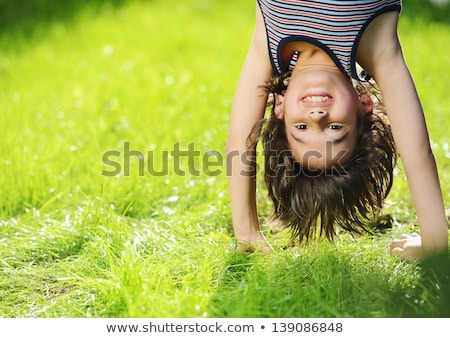 dwa · dzieci · relaks · parku · wraz · chłopca - zdjęcia stock © stuartmiles