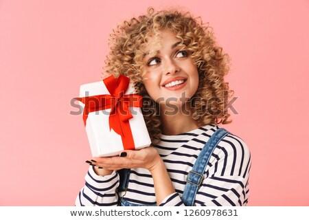 Foto charmant gekruld vrouw 20s Stockfoto © deandrobot