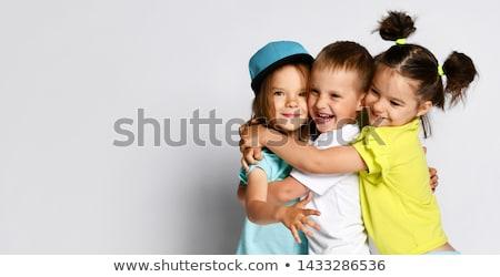deux · drôle · soeurs · quatre · dix-huit · ans - photo stock © lopolo