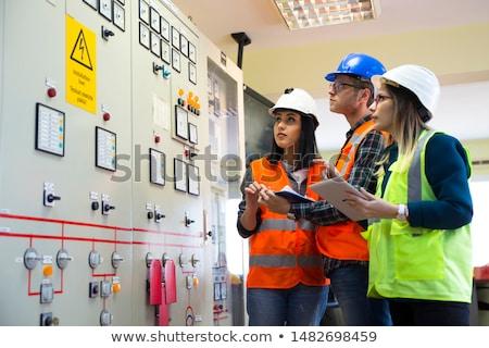 Stockfoto: Vrouwelijke · elektricien · werken · gelukkig · home · achtergrond