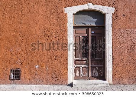 Sömürge duvar kapı mavi İspanyolca stil Stok fotoğraf © jkraft5