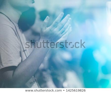 Stijl expressionistische afbeelding man handen oorlog Stockfoto © xochicalco