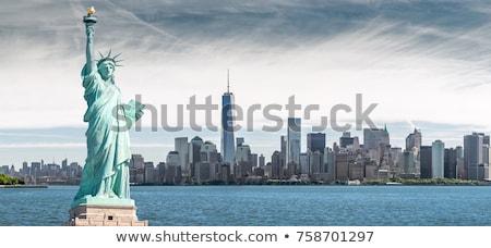 New · York · City · linha · do · horizonte · cor · ilustração · estátua · liberdade - foto stock © saransk