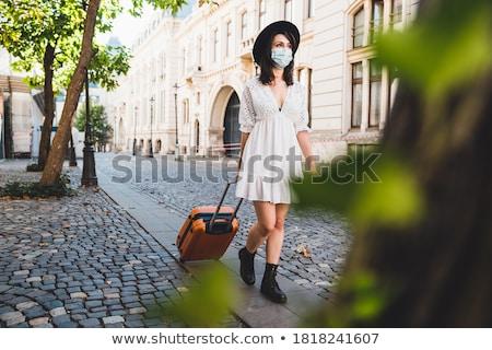 Valise pavés rue dangereux fret texture Photo stock © Niciak