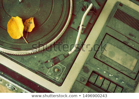 Tozlu vinil kayıt kırmızı siyah etiket Stok fotoğraf © broker
