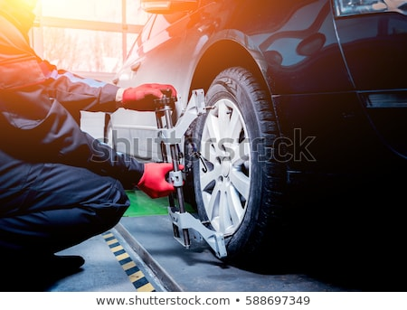 Mecánico rueda negocios hombre cruz clave Foto stock © photography33