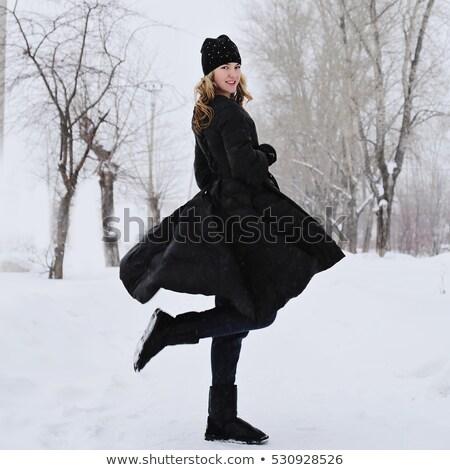 Csinos fürtös karácsony hó hajadon pózol Stock fotó © OleksandrO