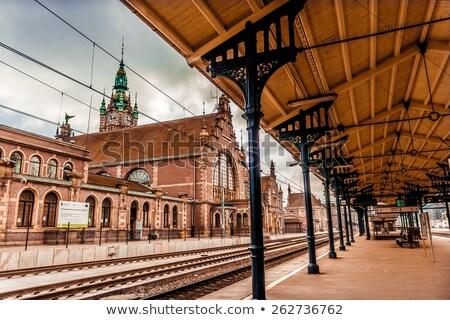 Gdansk treinstation architectuur klok toren gebouw Stockfoto © FER737NG