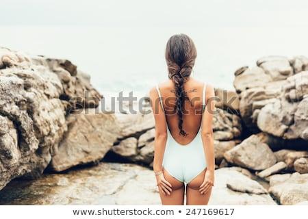 Homme · corps · maillot · de · bain · lunettes · de · soleil · jour - photo stock © olira