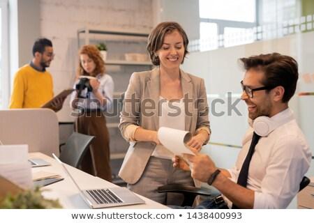 論文 · マネージャー · 金融 · 結果 - ストックフォト © pressmaster