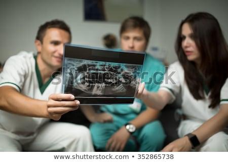 Dentysta asystent xray wraz stomatologicznych Zdjęcia stock © wavebreak_media