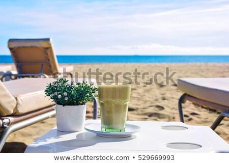 alto · vidro · gelado · café · rosa - foto stock © frimufilms