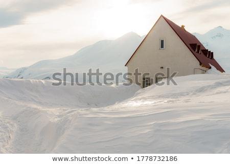 hegy · kunyhó · Kaukázus · hegyek · Grúzia · turista - stock fotó © Kotenko