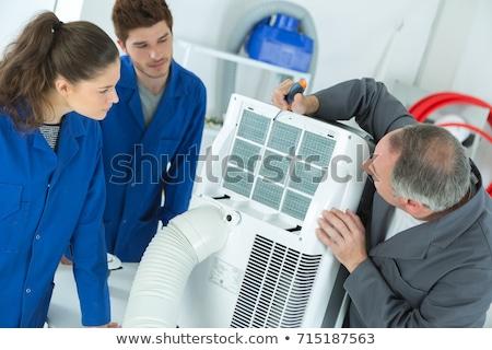 Verwarming ventilatie airconditioning inspectie man muur Stockfoto © AndreyPopov