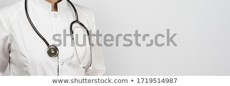 Femenino médico posando estetoscopio jóvenes médicos Foto stock © stockyimages