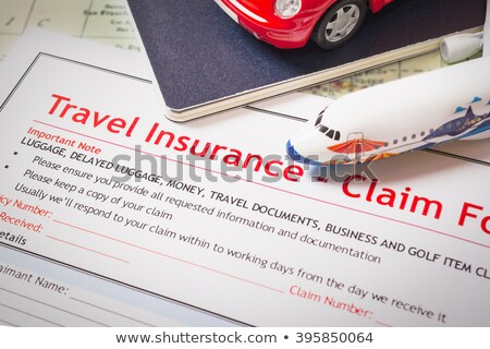 Reizen verzekering beweren toepassing vorm tabel Stockfoto © FrameAngel