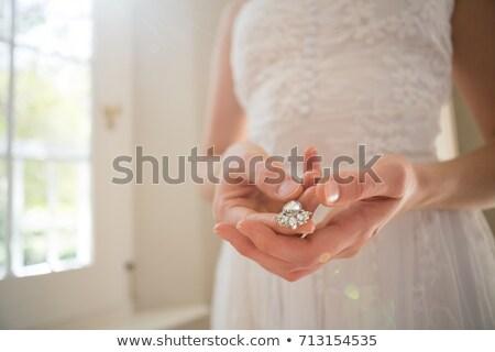 Bruid ketting home permanente vrouw Stockfoto © wavebreak_media