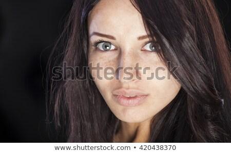 Karanlık portre esmer kız yeşil makyaj Stok fotoğraf © fotoduki