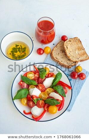 Kırmızı sarı domates kiraz boyut beyaz Stok fotoğraf © fotogal