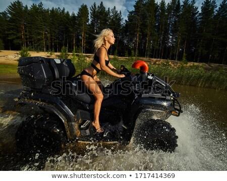 lány · bikini · tengerpart · könyv · koktél · néz - stock fotó © Zebra-Finch