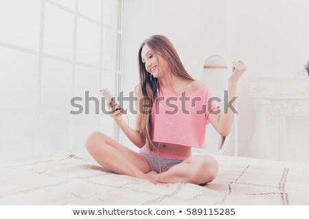Dziewczyna piosenka atrakcyjna dziewczyna taniec stałego Zdjęcia stock © stokkete
