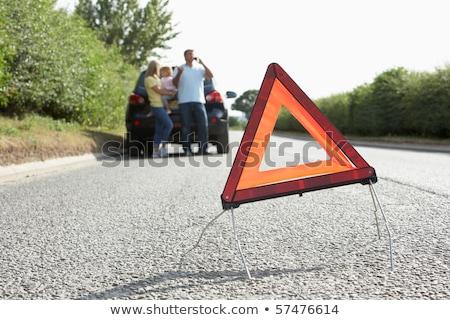 Stock fotó: Autó · törött · lefelé · vidéki · út · veszély · figyelmeztető · jel