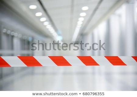 Nem felirat kifutópálya kék autógumi szárny Stock fotó © meinzahn
