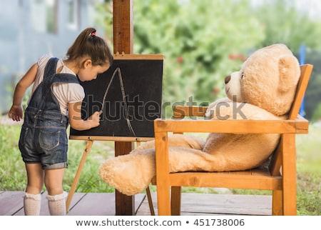 klas · schoolbord · boeken · pennen · appel · rode · appel - stockfoto © illia