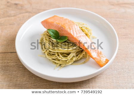 Makarna spagetti somon fesleğen fileto mutfak Stok fotoğraf © furmanphoto