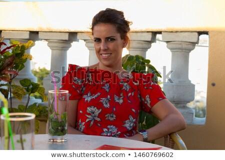 Mujer potable mojito terraza vacaciones nina Foto stock © galitskaya