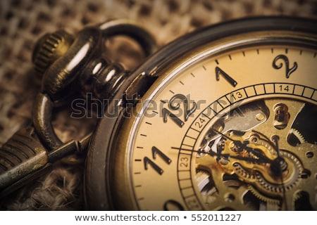 Foto stock: Antigo · relógio · de · bolso · hora · oficina · prata · tempo