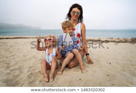 crianças · jogar · verão · praia · menina · bebê - foto stock © ensiferrum
