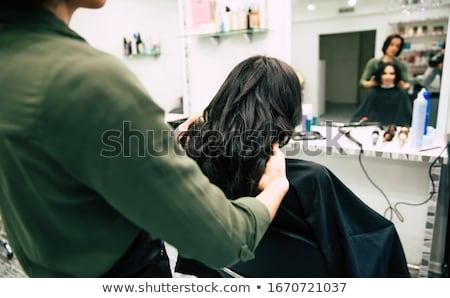 professionele · kapper · geven · kapsel · mooie · vrolijk - stockfoto © dashapetrenko
