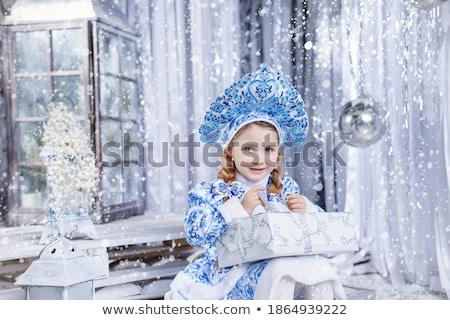 little · girl · princesa · olho · feliz · criança · cabelo - foto stock © photography33