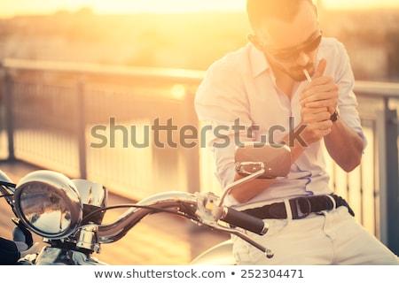 hombre · fumar · mujer · decepción · humo · cigarrillo - foto stock © ra2studio