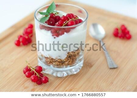 vörös · ribiszke · bogyók · fehér · kanál · fából · készült · étel - stock fotó © lunamarina