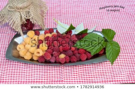 Framboise 16 alimentaire rouge fruits sweet Photo stock © LianeM