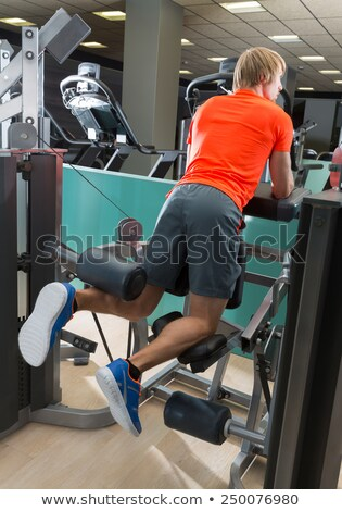 Térdel láb férfi tornaterem testmozgás hátsó nézet Stock fotó © lunamarina