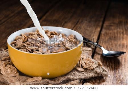 Geheel graan ontbijtgranen kom zoete granen Stockfoto © Digifoodstock